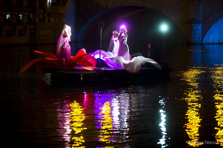 Reflets sur l'Agout pendant la Festa sull Acqua