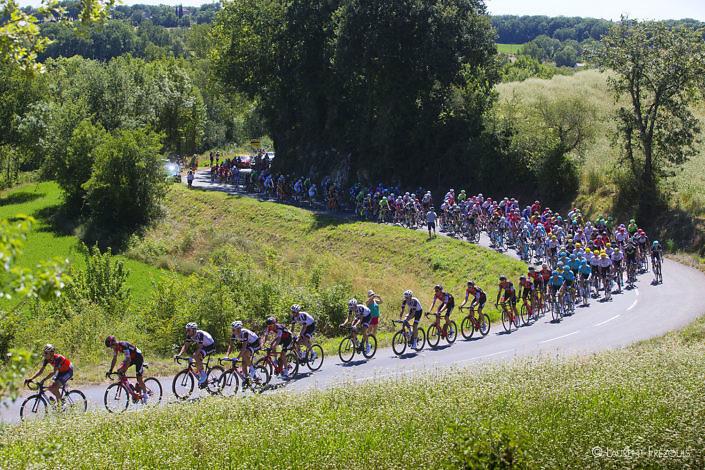 Passage du Tour de France au lieu-dit Bresset à Villeneuve-sur-Vère